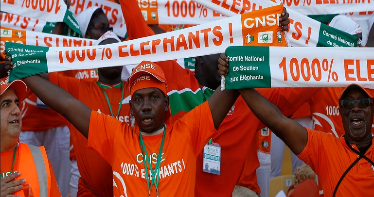 Supporters elephants