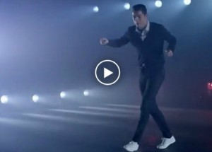 cr7 moonwalk